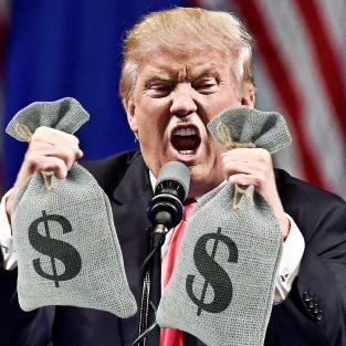 Republican U.S. presidential candidate Donald Trump speaks during a campaign rally at the Treasure Island Hotel & Casino in Las Vegas, Nevada June 18, 2016. REUTERS/David Becker - RTX2GYKG